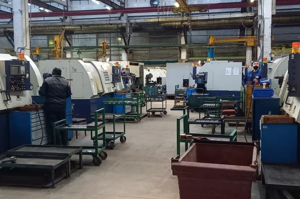 production-section-of-lathes_mob