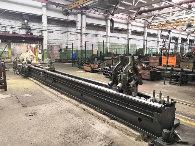 production-universal-lathe